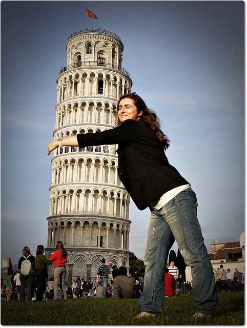 forced perspective photo of Pisa