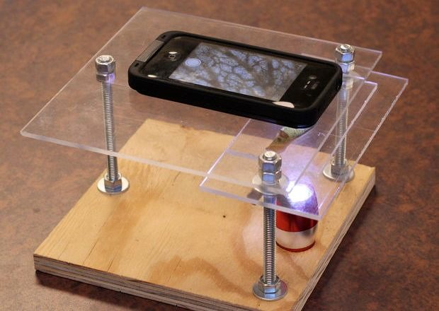 turn smartphone into a digital microscope